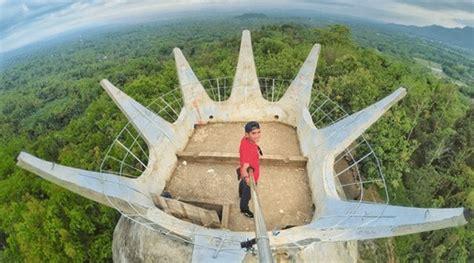 bukit rema  gereja ayam wisata magelang