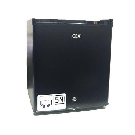 Kulkas Portable Gea gea kulkas portable gea rs 06dr promo item elevenia