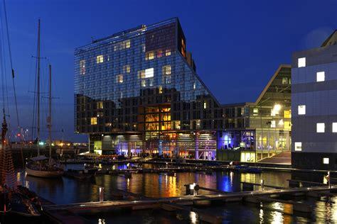 fabulous lighting hotel facade design hotel resorts