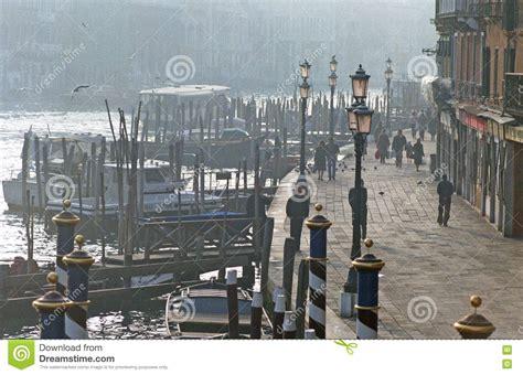 fotos venecia invierno venecia en invierno fotos de archivo imagen 18334233