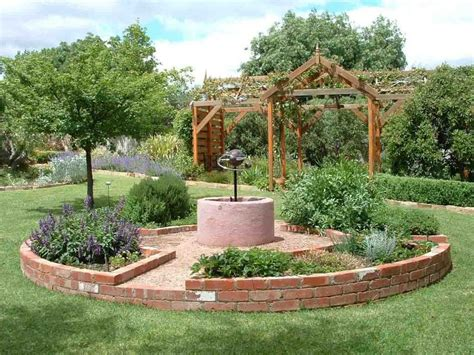 Garden Focal Point Ideas Herb Garden Circular Focal Point Flower Gardens