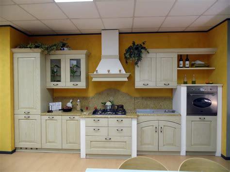 piastrelle rivestimenti rivestimento cucina rustica