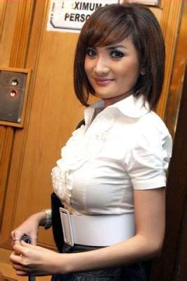gallery foto hot kiki amalia