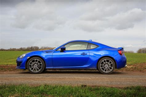 Brz Subaru by 2017 Subaru Brz Se Review