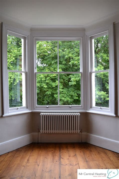 Vertical Blinds For Bow Windows 25 best ideas about bay window decor on pinterest bay