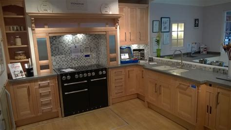 ex display kitchens leicester dewhirst kitchens