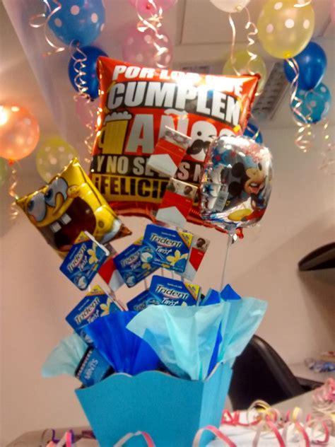 you tube como hacer arreglos con dulces y globos arreglo de globos dulce para cumplea 241 os amistad amor