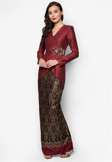 design dress batik muslim tunku tun aminah x jovian deena kebaya traditi0nal