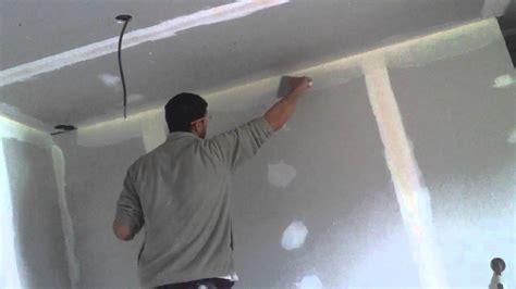 Comment Faire Enduit Plafond by Comment Poser Une Bande D Angle Pour Placo Ba 13 Avec