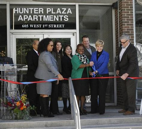 fort worth housing authority hunter plaza affordable housing reopens in downtown fort worth boka powell