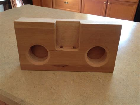 iphone amplifier speaker   wood woodwork city  woodworking plans