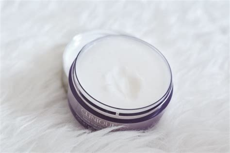 Clinique Cleansing Balm clinique take the day cleansing balm review top