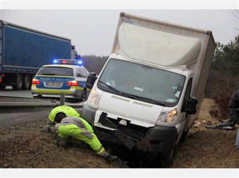 Unfall Motorrad A44 by 220 Berschlag Auf Der A 44 Bei Volkmarsen Breuna Fahrer Und