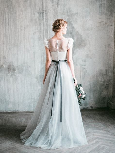 Neva Top Ts grey wedding dress neva lace and tulle
