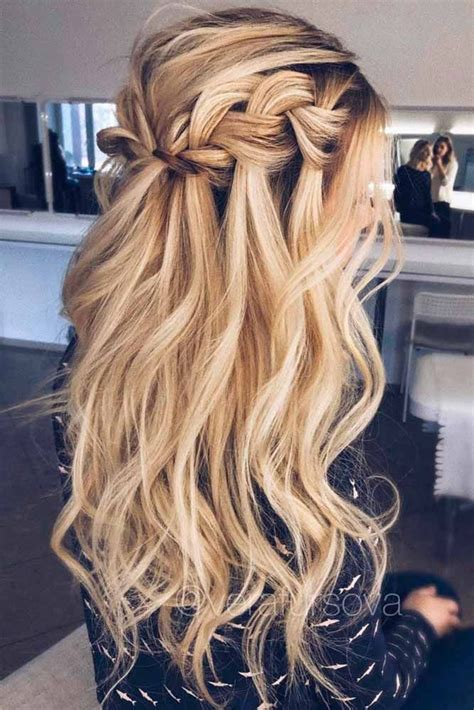 homecoming hairstyles all down best 25 prom hairstyles down ideas on pinterest formal