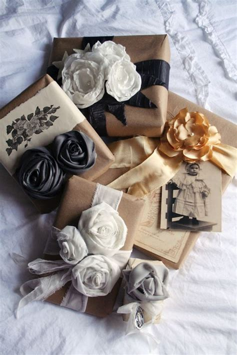 gift wrapping ideas pretty petals