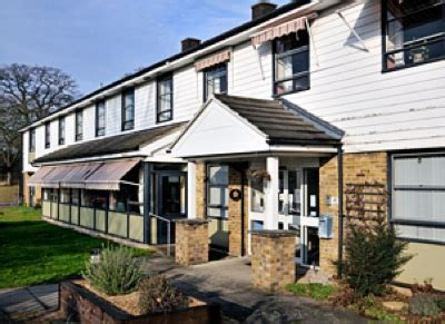 hillside nursing home romford essex