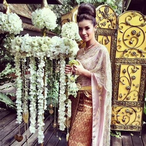 Khmer Wedding Backdrop by 17 Best Images About Thai Wedding Dress On