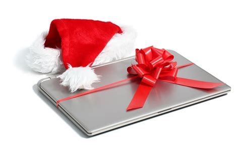 8 Great Gifts For The Techie On Your List by Great Gifts For Techie Friends Far End Gear Article
