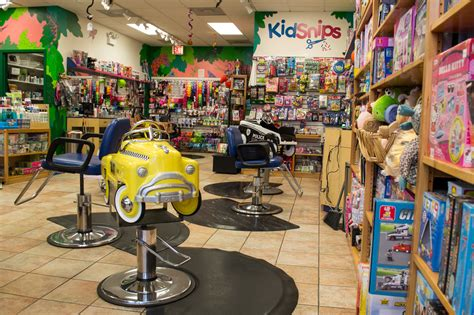 haircut places chicago kids haircut spots in chicago for a tears free trim