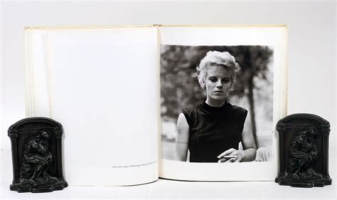 libro diane arbus an aperture diane arbus an aperture monograph diane arbus first edition