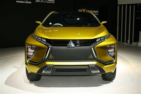 mitsubishi xm concept mitsubishi spells out its suv future by car magazine