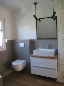 badezimmer fliesen grau die besten 17 ideen zu beton badezimmer auf