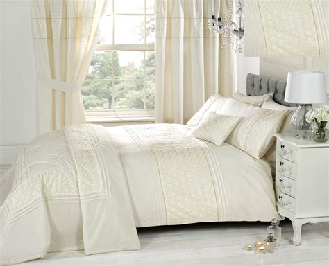 Matching Curtain And Bedding Sets Ivory Bedding Sets With Matching Curtains In White Bedroom Combined With White Stained Wooden