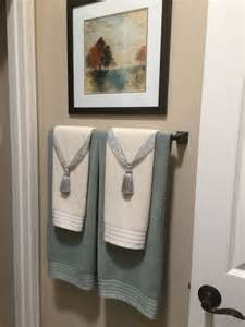 bathroom towel display ideas 25 best ideas about bathroom towel display on