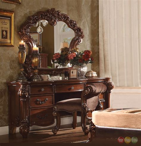 Vanity In Bedroom Vendome 7 Drawer Bedroom Vanity Desk In Cherry Finish