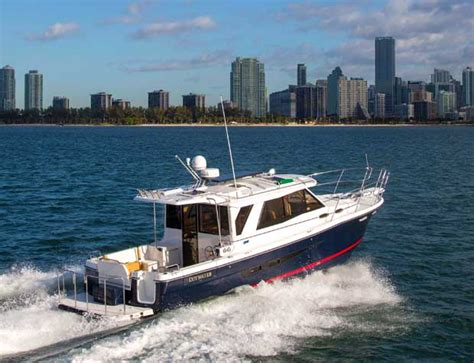 cutwater boats cutwater 30 do anything cruiser boats