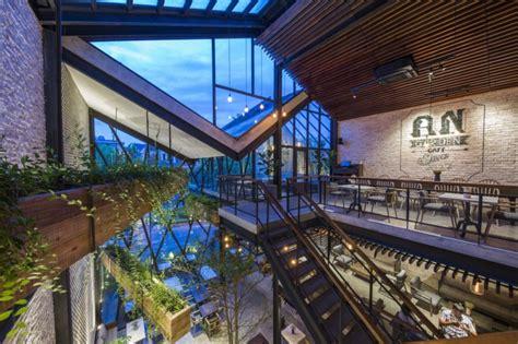 cafe  vietnam   modern day hanging gardens