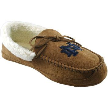 notre dame slippers s notre dame fighting juno from kohl s