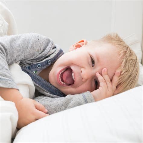 wie lange schlafen baby mittagsschlaf wie lange schlafen ist gesund f 252 r ihr