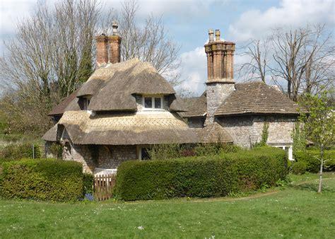 cottage uk blaise hamlet