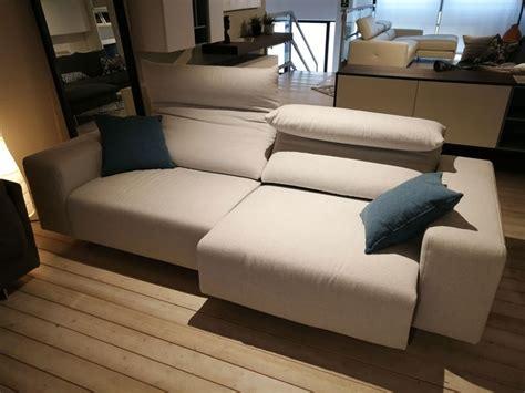 divani prezzi outlet divano in tessuto play di biba salotti a prezzo outlet