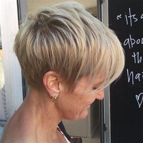 hair cuts on pinterest 23 images on diagonal forward bangs and die 25 besten ideen zu kurze blonde haare auf pinterest