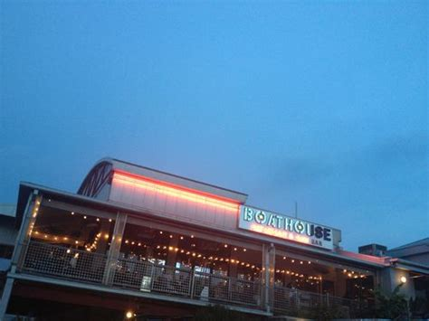 dinner boat rides near me best chattanooga restaurants for dinner a 50 giveaway
