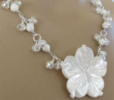 white flower wedding necklace wedding flower necklace mop silver jewelry