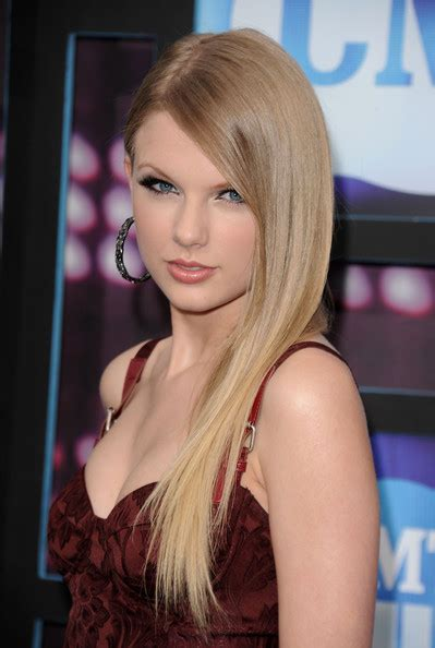 cmt hairstyles smooth operator taylor swift prom hairstyles stylebistro