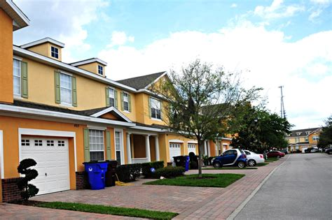 battaglia town homes in cloud florida for sale