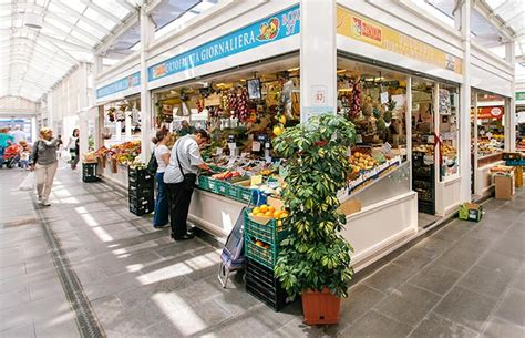 best foods on the market the 8 best food markets in europe momondo