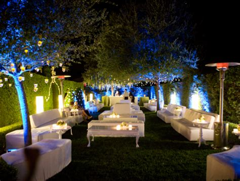garden themed events create an outdoor lounge for cocktail hour make it
