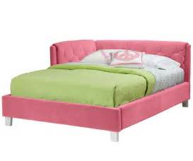 Cute pink corner tufted headboard for double bed with green bed cover