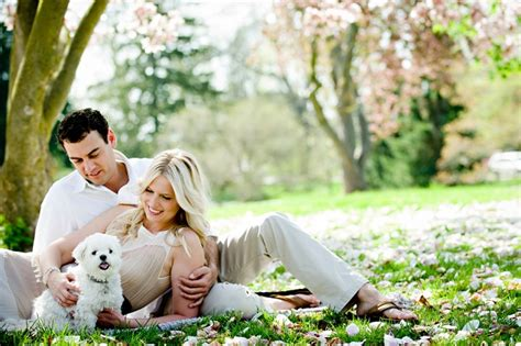 engagement photos with dogs how to include dogs in engagement photos daily tagdaily tag