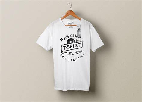 T Shirt Kaos Wood free hanging t shirt clothing tag mockup psd mockups