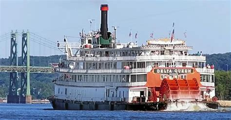 mississippi river boat cruises davenport group wants delta queen riverboat back cruising the