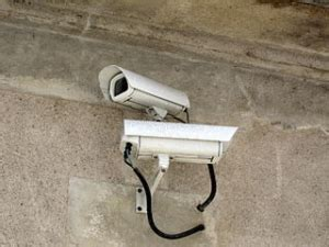 tips for selecting a security system lighthouse
