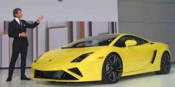 lamborghini aventador vs 458 italia business