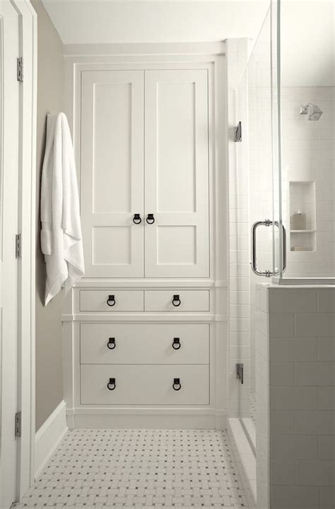 Closet Bathroom Ideas by Best 25 Bathroom Built Ins Ideas On Basket